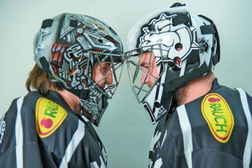 Mike Murphy und David Madlener: Auf der Maske ist das Bulldogs-Maskottchen im Mittelpunkt. Foto: gepa
