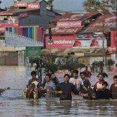 Indische Millionenstadt Srinagar unter Wasser
