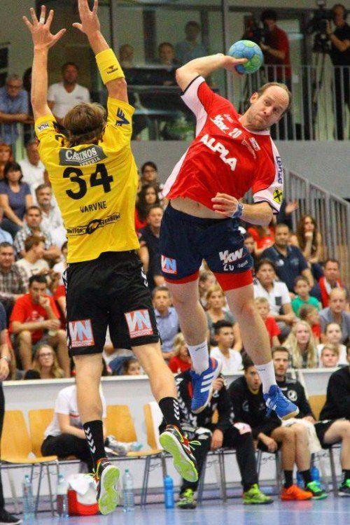 Neokapitän Roland Schlinger ist mit 24 Treffern aktuell der erfolgreichste Torschütze des Alpla HC Hard. Foto: hofmeister