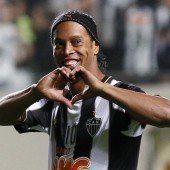 Ronaldinho kickt ab sofort in Mexiko