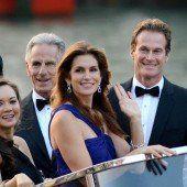 . . . sowie Model Cindy Crawford mit Ehemann Rande Gerber. Fotos: Ap