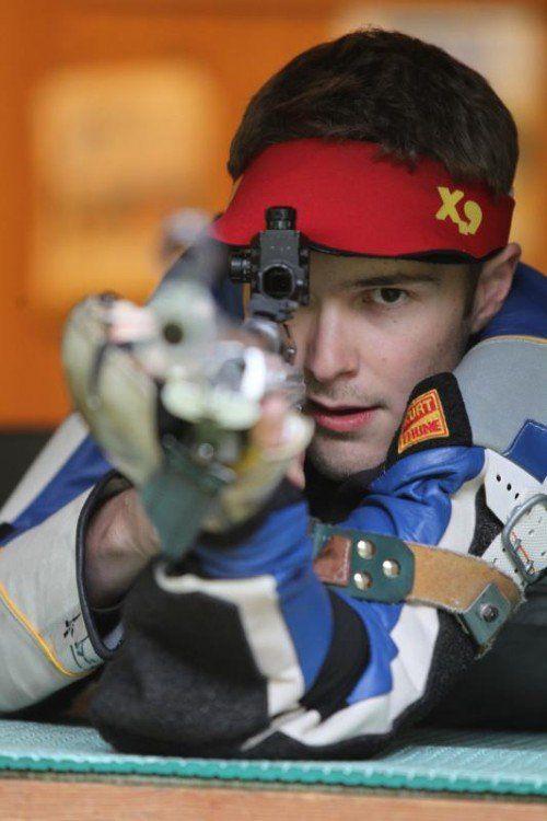 Thomas Mathis kürte sich in Innsbruck zum dritten Mal in Serie zum Staatsmeister im Kleinkaliber-Liegend-Bewerb.