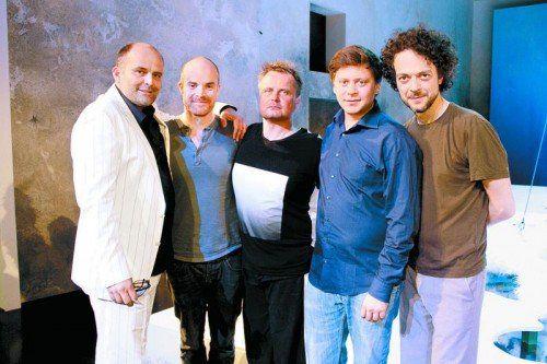 V. l: Intendant Alexander Kubelka, Michael Stange (Puck), Viz Michael Kremietz (Musik), Boris Fiala (Sound) und Martin Brachvogel (Oberon).