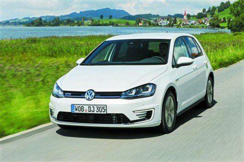 VW Golf GTE: Blaue Design-Akzente charakterisieren Volkswagens ersten Plug-In-Hybrid. Fotos: werk