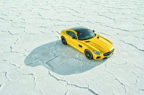 Wenige Kanten, dafür sinnliche Formen: Mit dem AMG GT will Mercedes die Ikone Porsche 911 angreifen. Fotos: werk