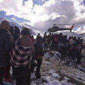 Tote und Vermisste nach Schneesturm