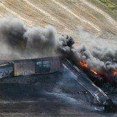 Entgleister Güterzug ging in Flammen auf