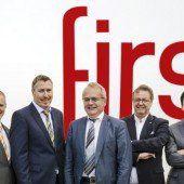 Versicherungsmakler First rüstet auf