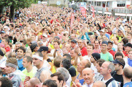 Bild zeigt eine Szene vom Sparkassen Marathon 2013