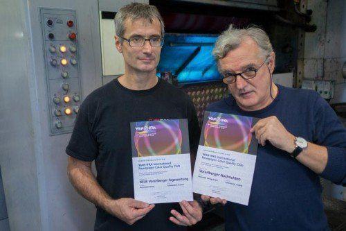 Christian Salvadori (l.) und Christian Stuppner mit den Quality-Club-Urkunden.