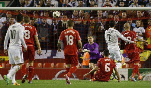 Cristiano Ronaldo erzielt mit dem Führungstreffer für Real zugleich sein 70. Champions-League-Tor. Foto: ap