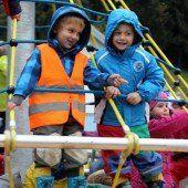 Agrar finanziert Spielgerät für Kindergarten
