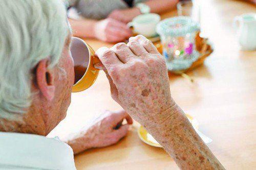 Demenzerkrankungen sind für Betroffene und Angehörige eine besondere Herausforderung und gute Informationen deshalb besonders wichtig.