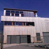 Photovoltaik für die Bergstation auf dem Karren