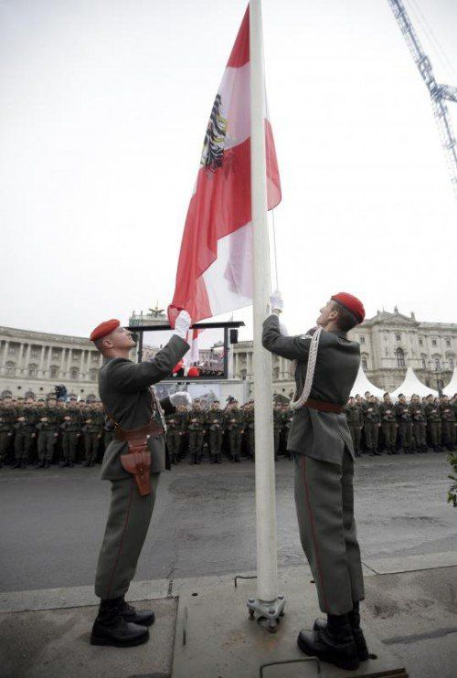 Der Wiener Heldenplatz ist alljährlich Schauplatz der Feierlichkeiten anlässlich des Nationalfeiertages. foto: apa