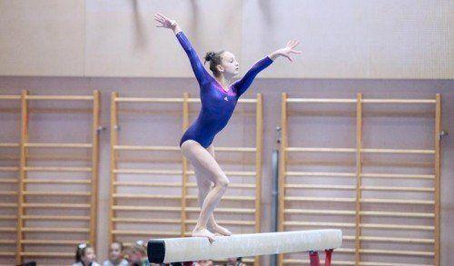 Die 14 Jahre alte Tamara Stadelmann von der TS Jahn Lustenau holte sich den VTS-Mehrkampftitel in der Meisterinnenklasse. Foto: VTS