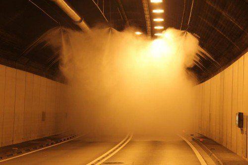 Die ASFINAG demonstrierte die Funktion der Anlage.  VOl.At/Rauch