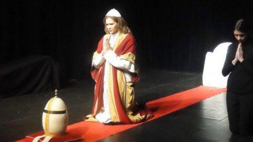 Die beiden Stücke die Shakespeare, das Theater, zur Aufführung bringt, sind hochbrisant, federleicht, voll Esprit, Humor und philosophischer Eleganz. FOTO: veranstalter