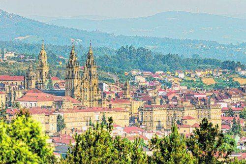Die Kathedrale in Santiago de Compostela ist das Ende des Jakobsweges und das Ziel vieler Pilger.