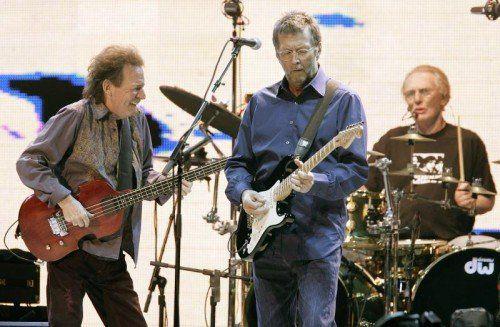 Die legendäre Band Cream mit dem Bassisten Jack Bruce, dem Gitarristen Eric Clapton und dem Schlagzeuger Ginger Baker.  Foto: Reuters