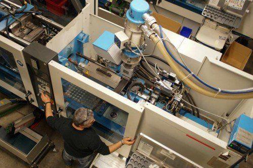 Metallverarbeitende Betriebe haben in Vorarlberg fast 1000 neue Arbeitsplätze geschaffen und suchen weiter Fachkräfte. VN/Hartinger