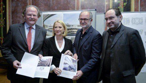 Doris Bures mit Generalplanern in Wien.  FOTO: APA