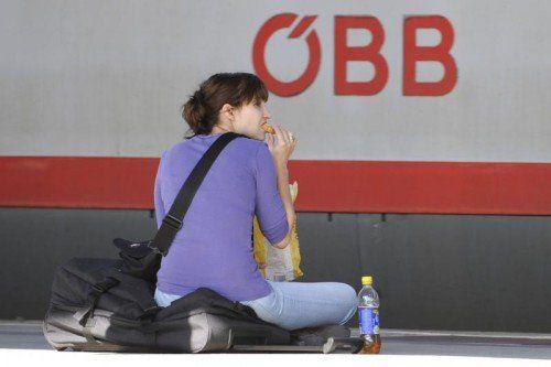 Ein Fahrkarten-Wirrwarr sorgt dafür, dass Bahnkunden trotz gültiger Tickets große Probleme bekommen können.  Foto: APA