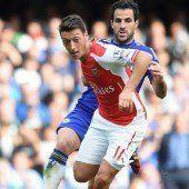 Verletzter Özil wird von Arsenal untersucht