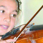 Vielfältiges Musikprogramm zugunsten Sozialprojekt von Pater Georg Sporschill