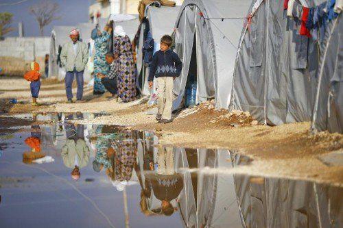 Flüchtlingen soll in Österreich nach klar vorgegebenen Richtlinien geholfen werden.  Foto: Reuters