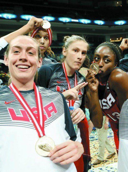 Gold-Feier: Breanna Stewart, Brittney Griner, Lindsya Whalen. Foto: apa