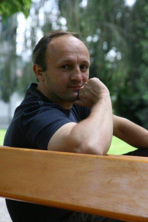 Jürgen-Thomas Ernst wurde zur Literatur-Biennale geladen.