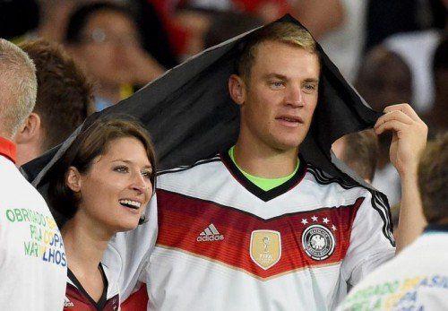 Manuel Neuer und Kathrin Gilch während der WM im Juli. Foto: EPA
