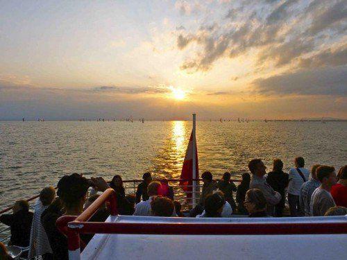 Offizieller Saisonstart der internationalen Bodenseeschifffahrt 2015 ist am 3. April 2015.  Foto: VL