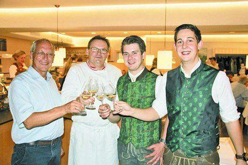 Paul Seeberger, Karlheinz Hehle und Michael Gutjahr sowie Martin Gründl (v. l.).  Fotos: privat
