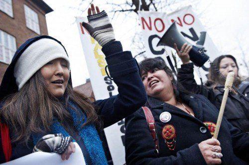 Weltweit gab es am 10. Dezember 2009 Protestaktionen gegen die Verleihung des Friedensnobelpreises an US-Präsident Barack Obama.  Foto: AP