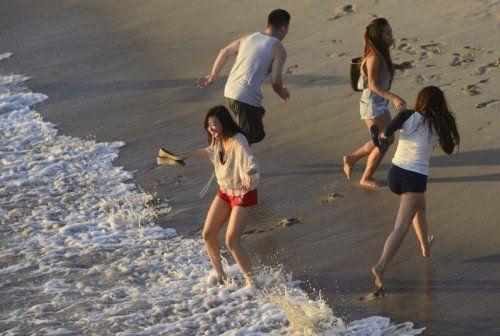 Willkommene Abkühlung am Meer während der Hitzewelle Mitte September in Kalifornien. Dieses Bild entstand am Santa Monica Beach.  EPA