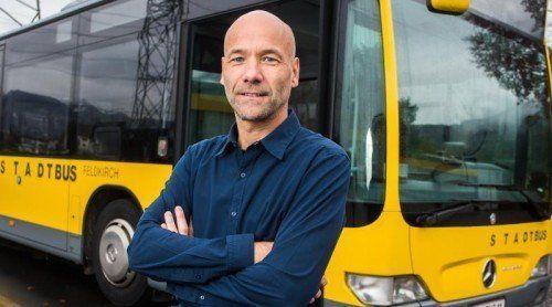 Alfred Herburger übernahm Niggbus im Jahr 1990. Ein Bus wird rund zehn Jahre genutzt und fährt in der Zeit 600.000 bis 700.000 Kilometer.  Fotos: VN/Steurer