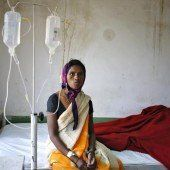 Massen-Sterilisierung: Arzt in Indien verhaftet