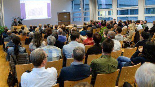 Die Pädagogische Hochschule Vorarlberg steht vor großen Herausforderungen.