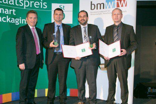 Ausgezeichnete Innovation: v. l. Werner Knausz (ARA), Rene Plattner (Alpla), Frederic Dreux (Unilever), Klaus Allgäuer (Alpla). Foto: BMWFW
