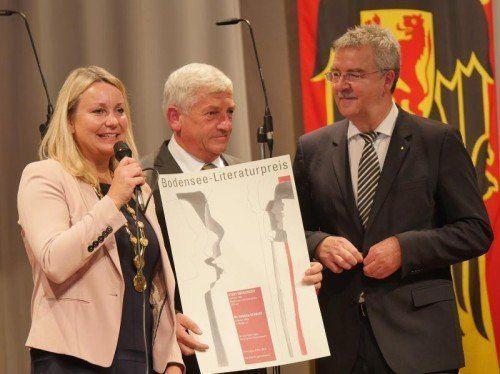 Bgm. Sabine Becker mit Arnold Stadler. Foto: Voith