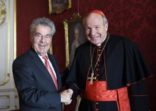 Bundespräsident Fischer mit Kardinal Schönborn. FOTO: APA