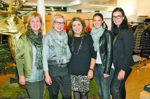 Chefin Judith Luger (l.) mit Reingard Antoni, Alita Mangold, Melanie Walder und Hanny Filzmaier. Fotos: Franc
