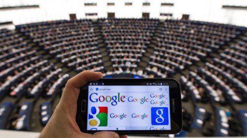 Das EU-Parlament macht Druck wegen Google-Macht.  FOTO: EPA