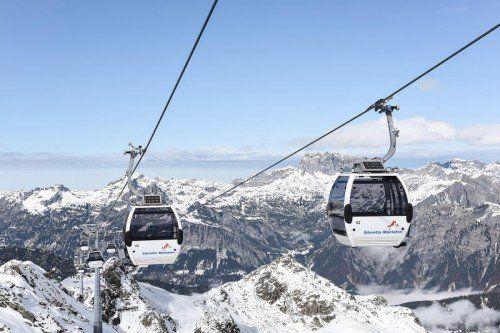 Die Kreuzjoch Panoramabahn der Silvretta Montafon Bergbahnen,Zubringerbahn zur längsten Talabfahrt Vorarlbergs.  Foto: Patrick Säly