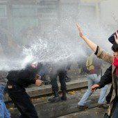 Ausschreitungen bei Protesten