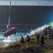 Pkw stürzte in den Rhein: Unfalllenker tot geborgen