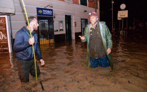 Die Stadt Chiavari südlich von Genua steht unter Wasser. EPA