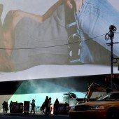 Riesige Werbetafel am Times Square enthüllt